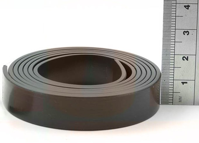Self Adhesive Magnetic Tape Magnet Strip A 1.5mm x 12,7mm x 30m